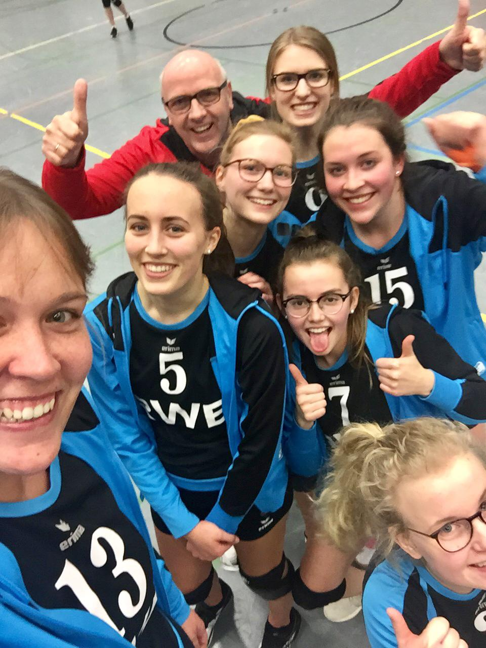 tl_files/Volleyball/Damen/20190112 Auswaertspiel in Voxtrup.jpg